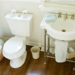 How to Maximize Bathroom Space and Reduce Clutter