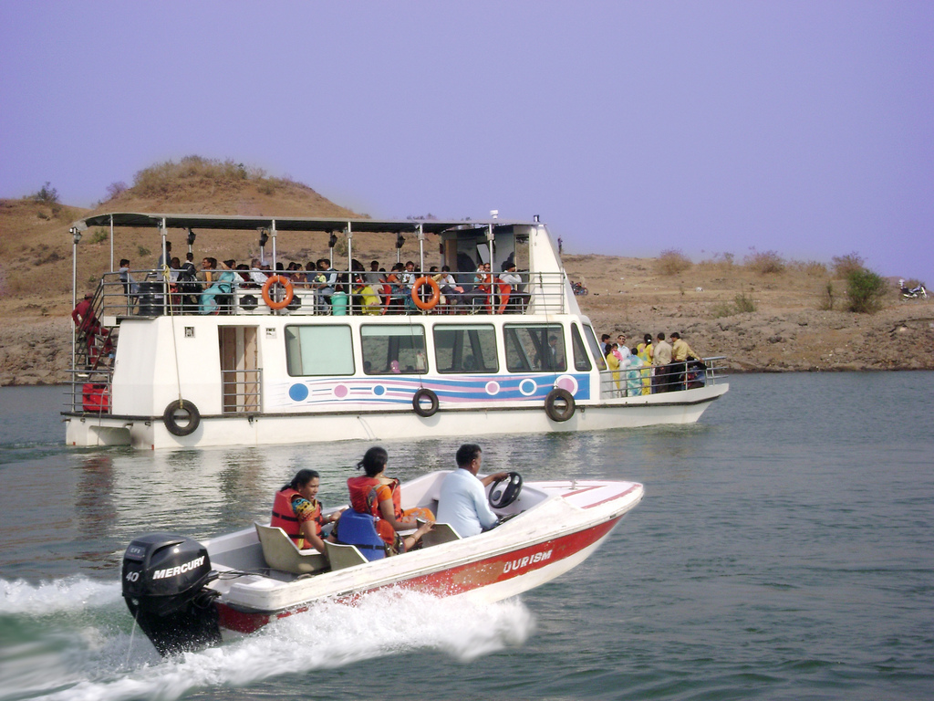 Bargi Dam Boating