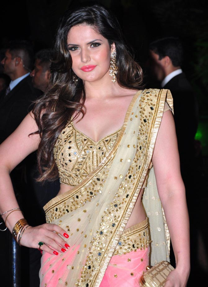 Zarine Khan Height