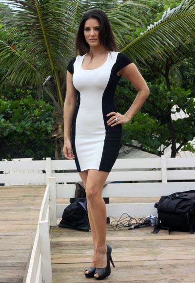 Sunny Leone Jackpot movie